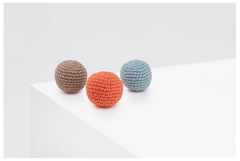 Crochet balls PING PONG baby blue